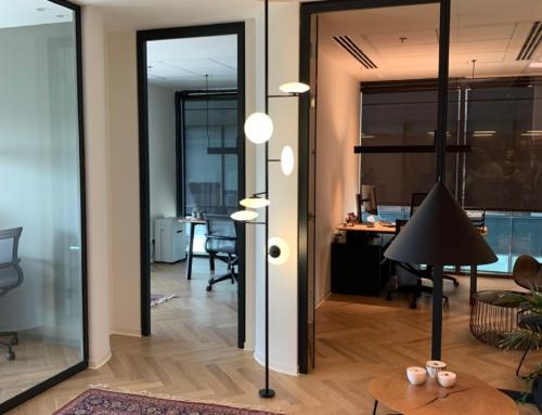 פרוייקט מנורות עמידה למשרדים